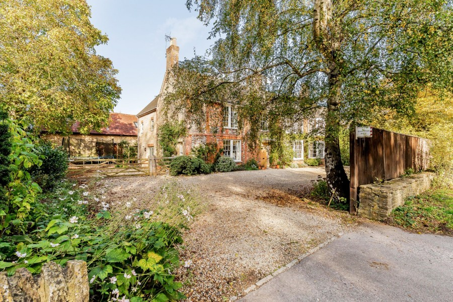 Images for Buckland, Faringdon, Oxfordshire EAID:3552051449 BID:461801