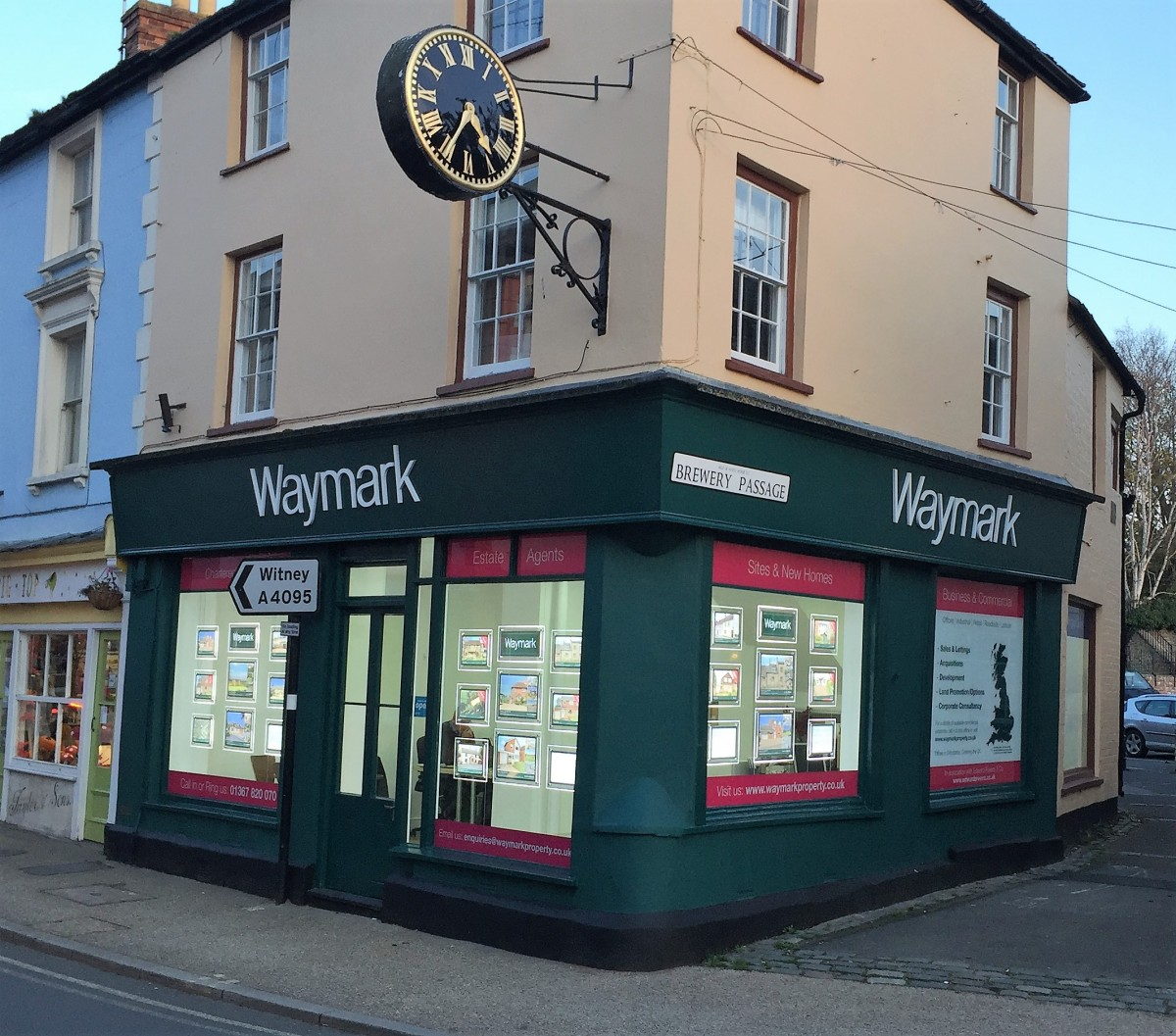 Online & On the High Street – Waymark is the Best of Both Worlds!